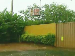 Casa de prostituição fica localizada às margens da Rodovia José Pizarro (Foto: Reprodução/EPTV)